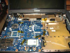 riparare scheda madre Samsung NP R610 napoli