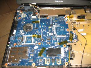 ripristino motherboard Samsung R610 napoli