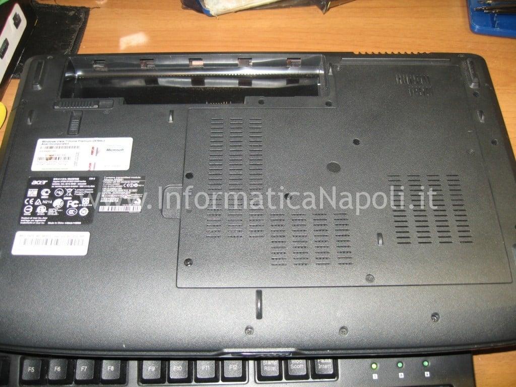 aprire Acer Aspire 5735Z