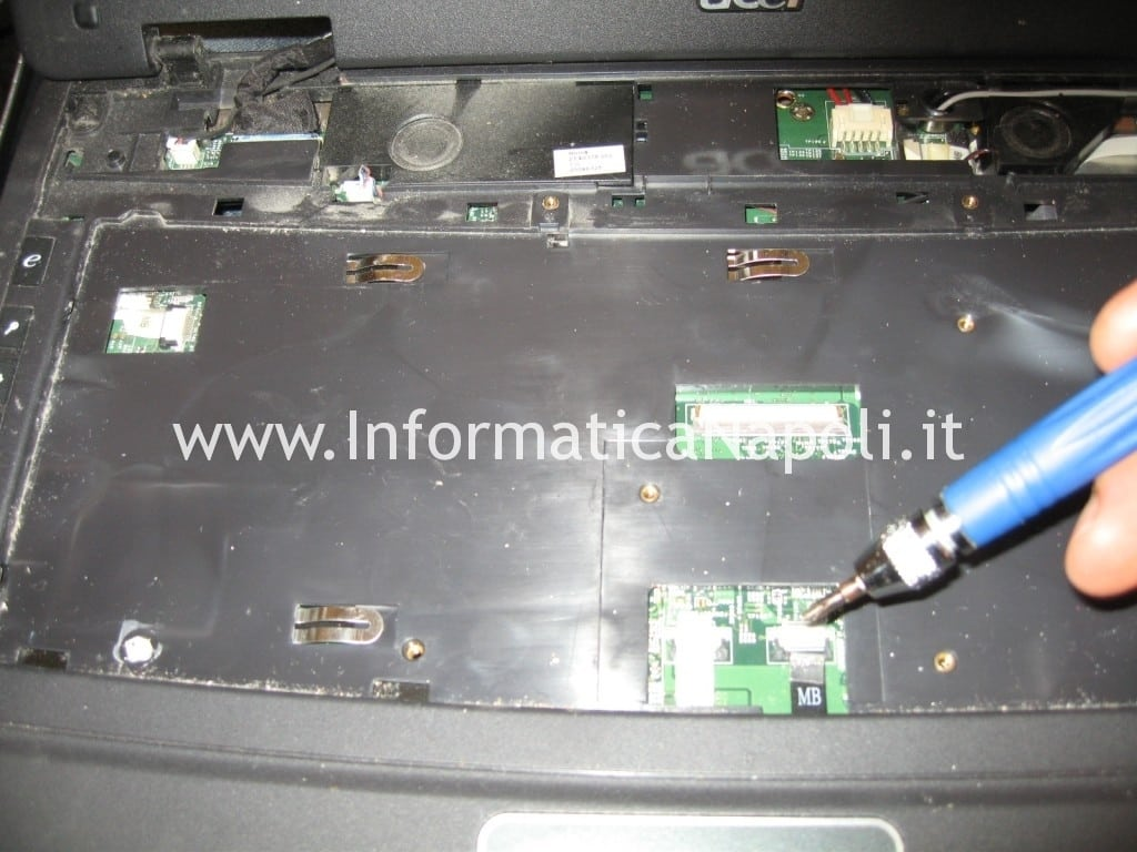 assistenza Acer extensa 5630 5330Z 5630Z 5230E napoli