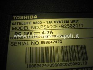 Toshiba A300 PSAGCE non si accende PSAGCE