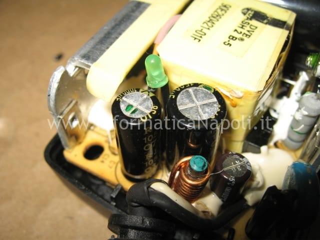 riparare condensatori LG FLATRON L1760TQ
