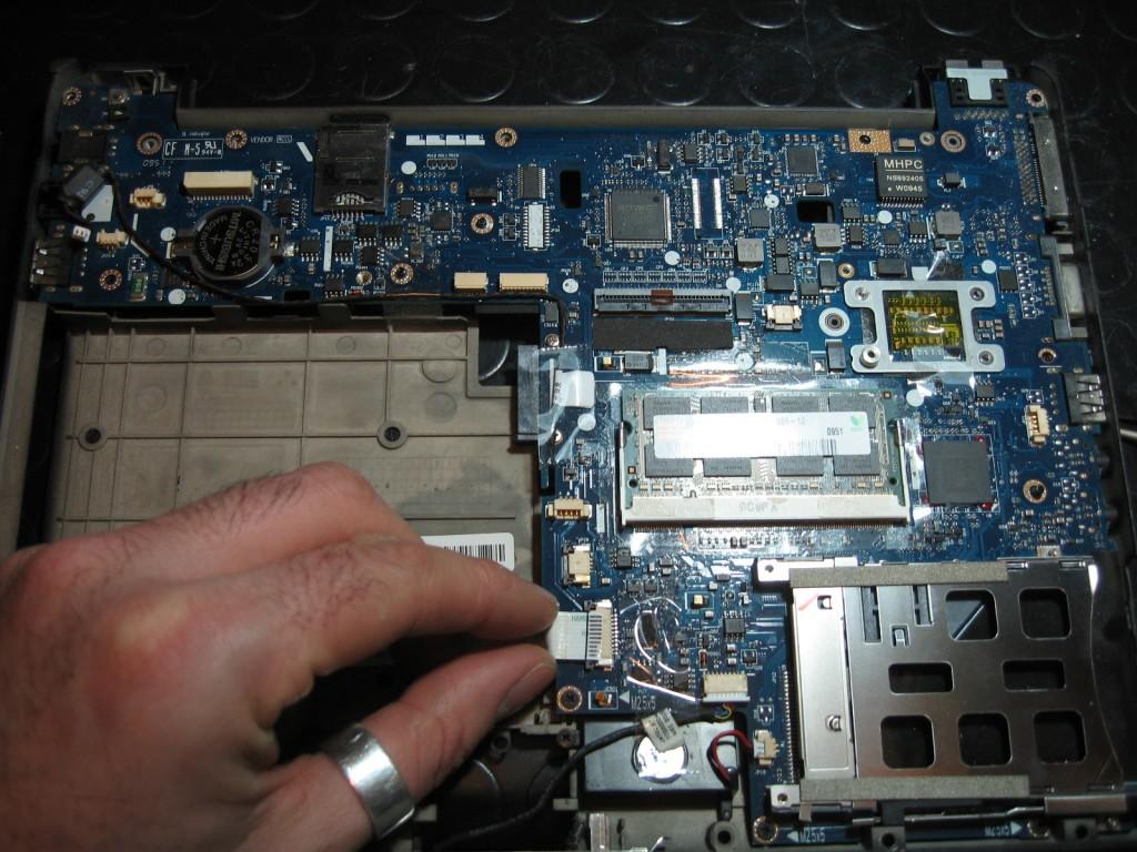riparare scheda madre hp compaq elitebook 2530p