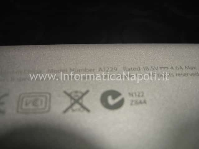 apple macbook pro 17 a1229