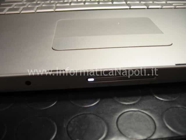 macbook pro 17 a1229 led bianco