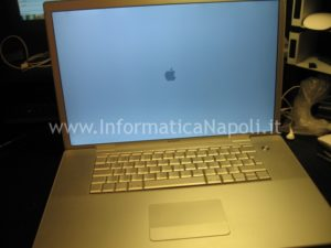 assistenza apple macbook pro 17 a1229 riparato
