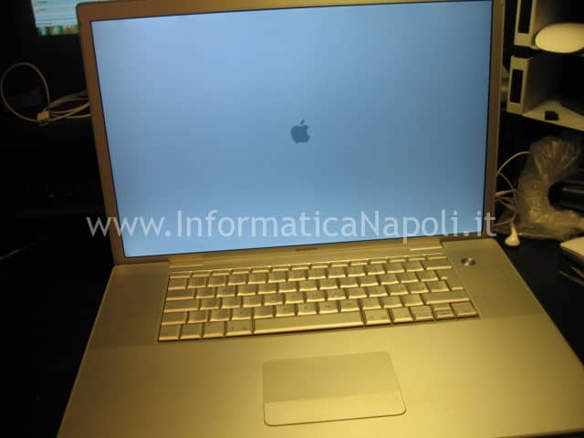 macbook pro 17 a1229 riparato