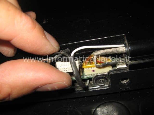 smontare schermo Packard Bell MX51 ALP-Ajax D