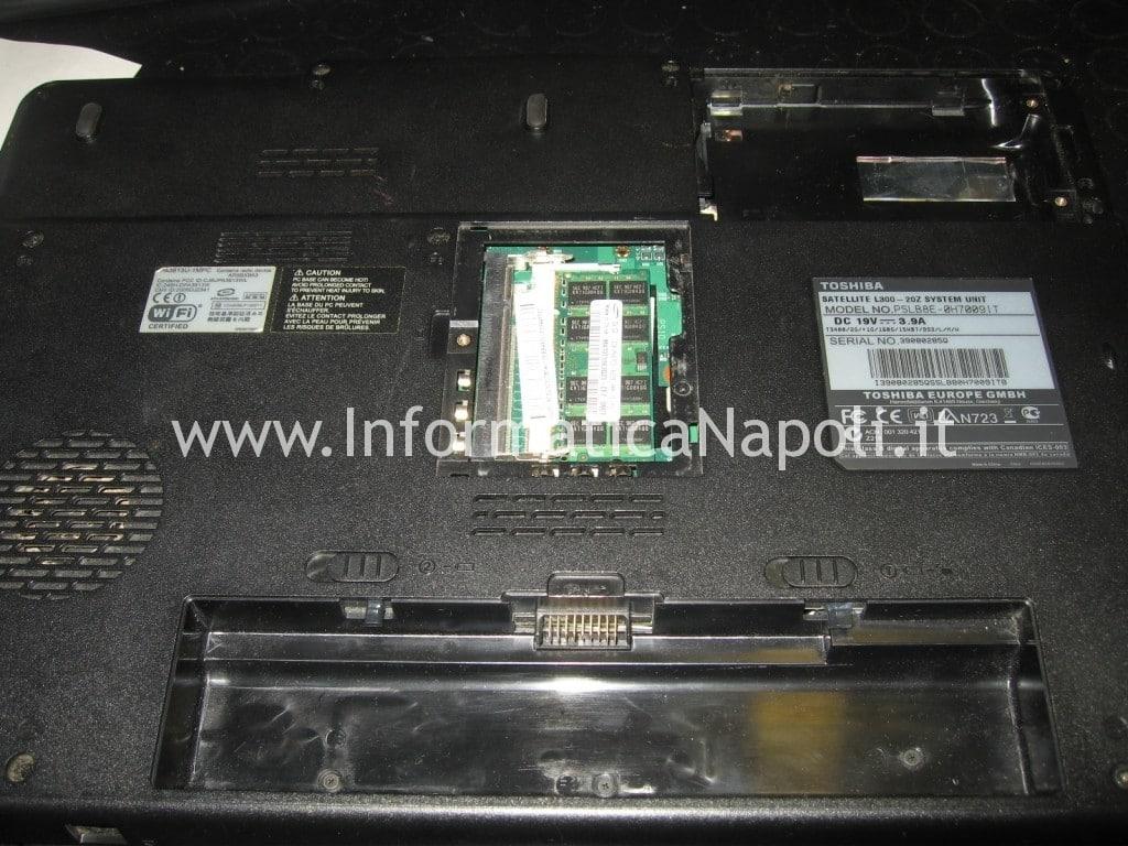 problema Toshiba L300 - 20Z PSLB8E