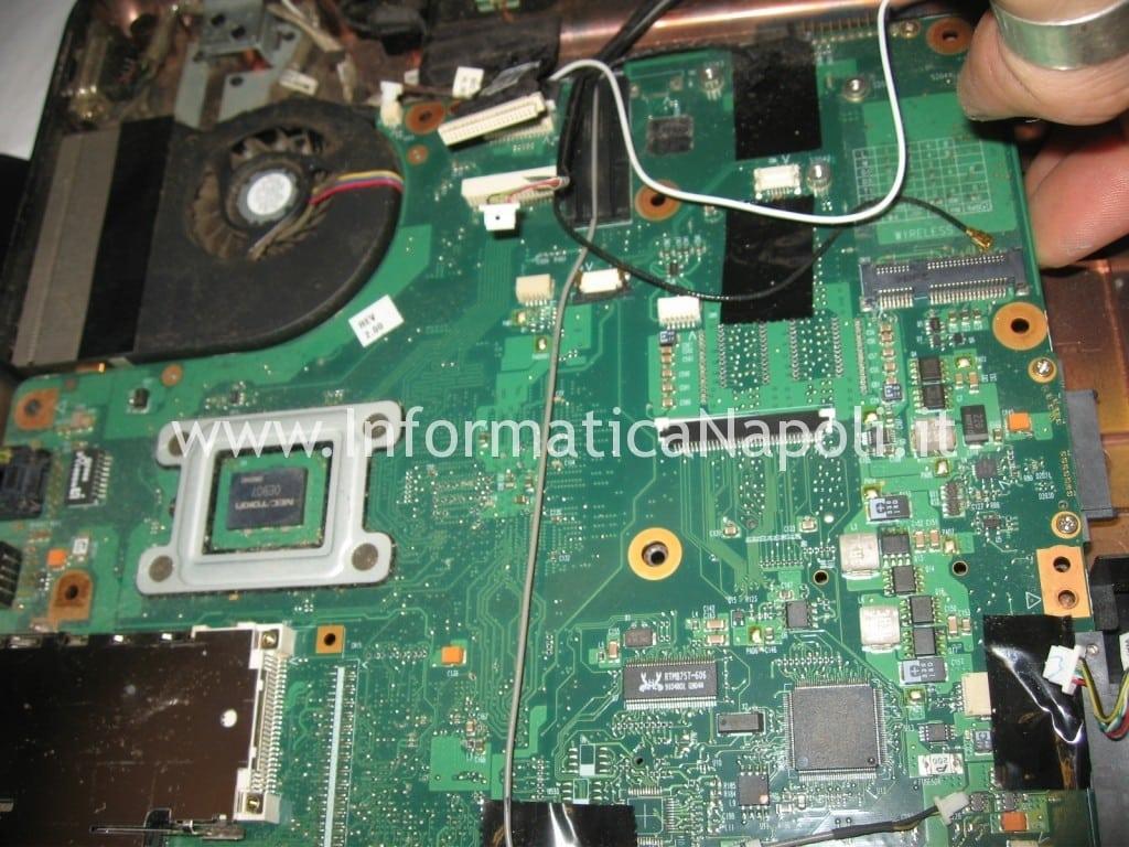 Toshiba L300 - 20Z PSLB8E nec tokin