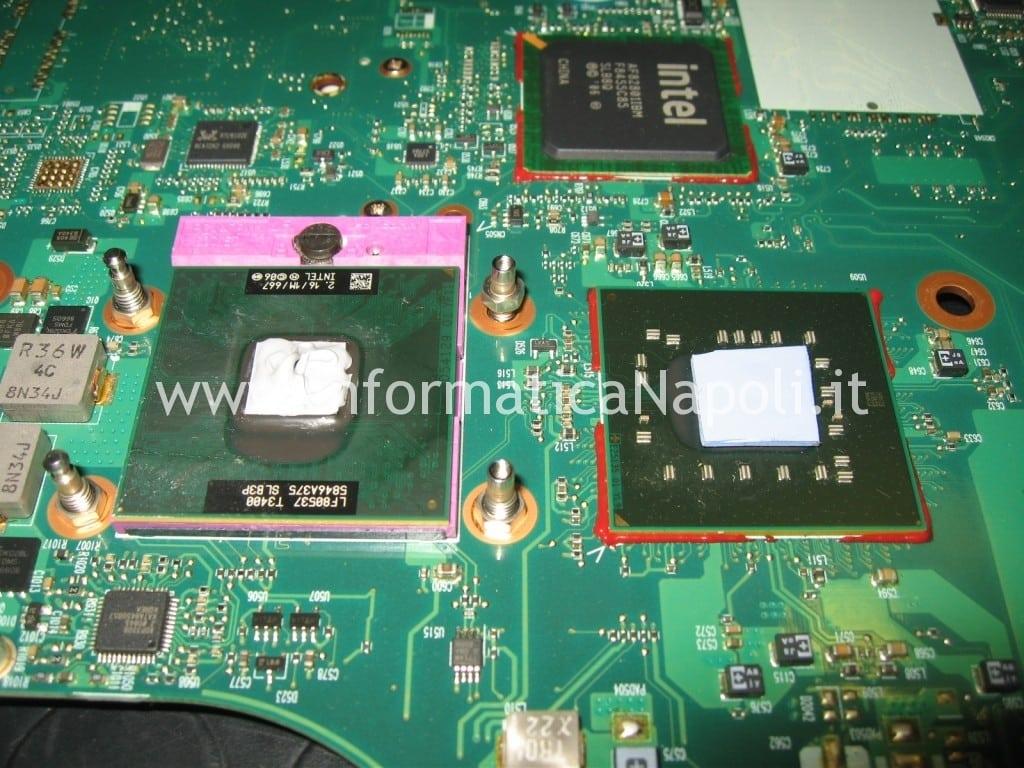 cambio pad termoconduttivo Toshiba L350 - 17R PSLD8E