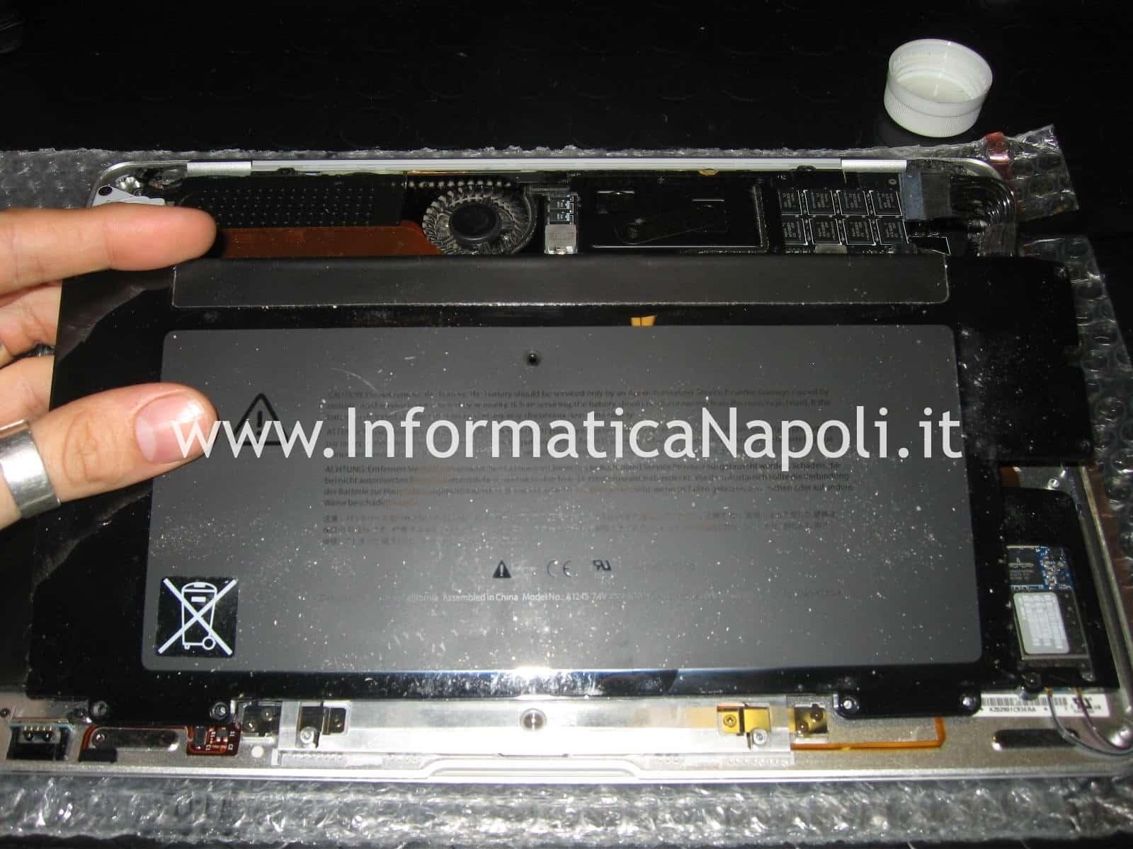 sostituzione batteria macbook air 13 A1237
