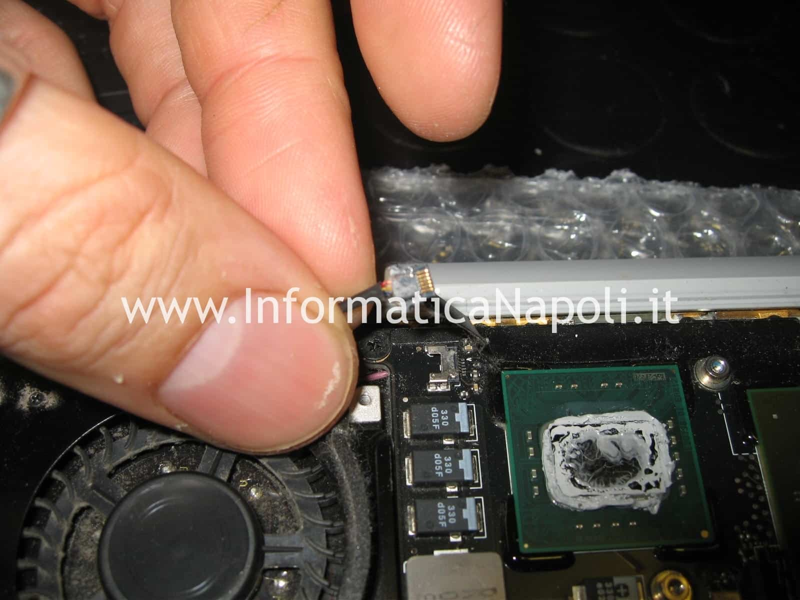 raffreddamento macbook air 13 A1237