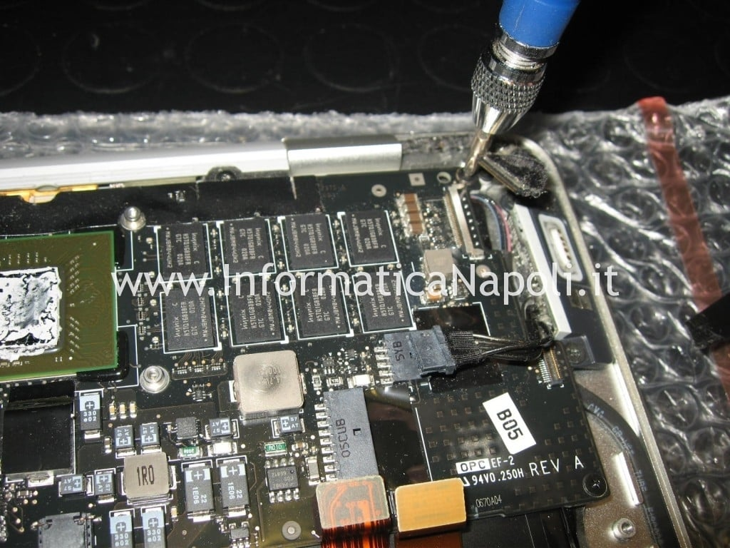 flat video macbook air 13 A1237