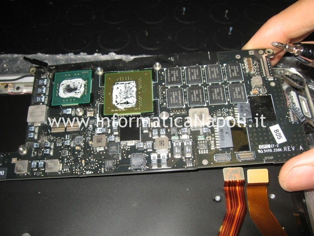 logic board macbook air 13 A1237