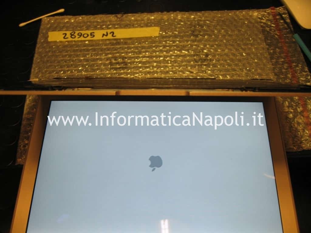 test accensione macbook air 13 A1237