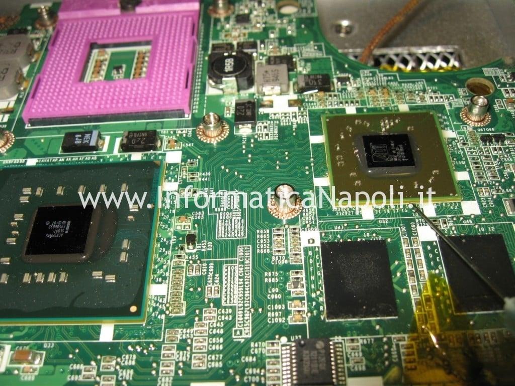 ATI nVidia Dell Studio 1555
