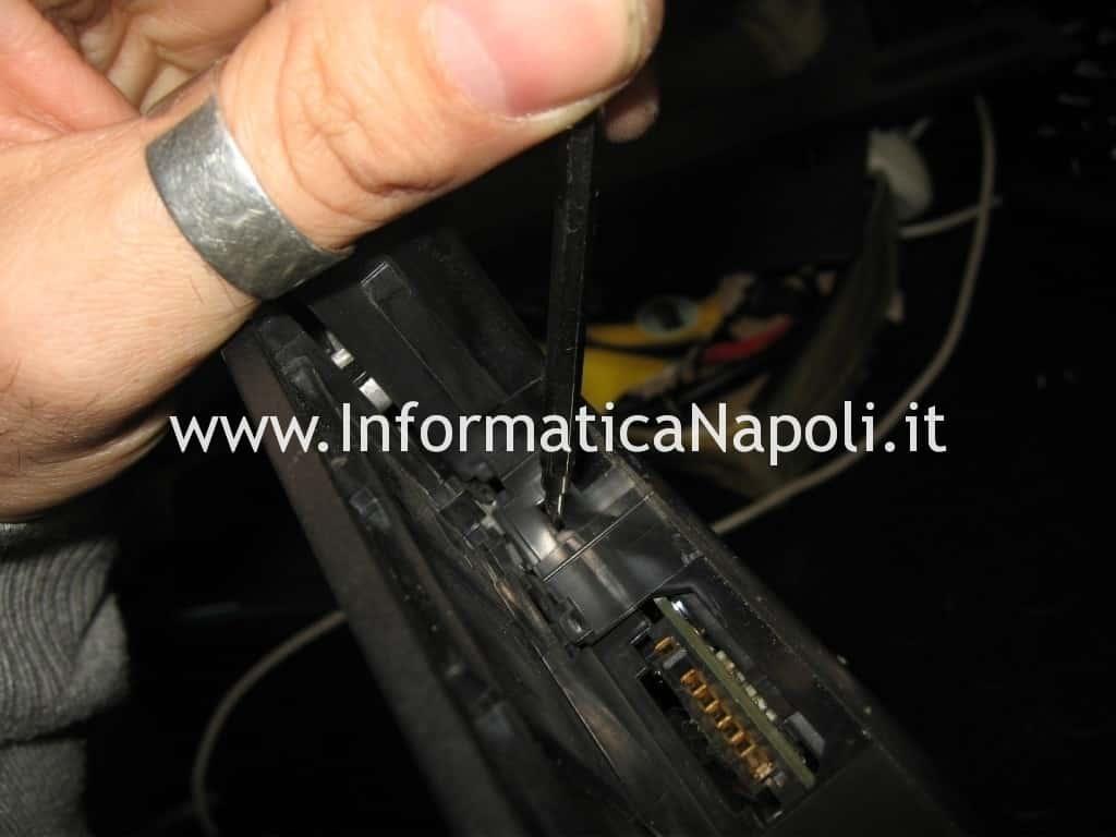 aprire Toshiba Satellite A100 - 139