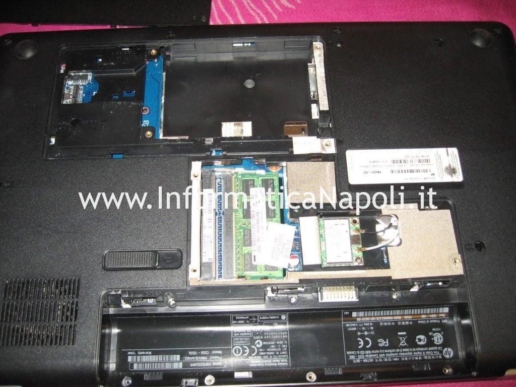 sostituire display LCD Compaq Presario CQ56