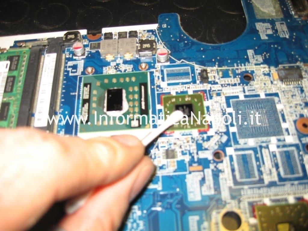pulizia BGA Compaq Presario CQ56 CQ 56