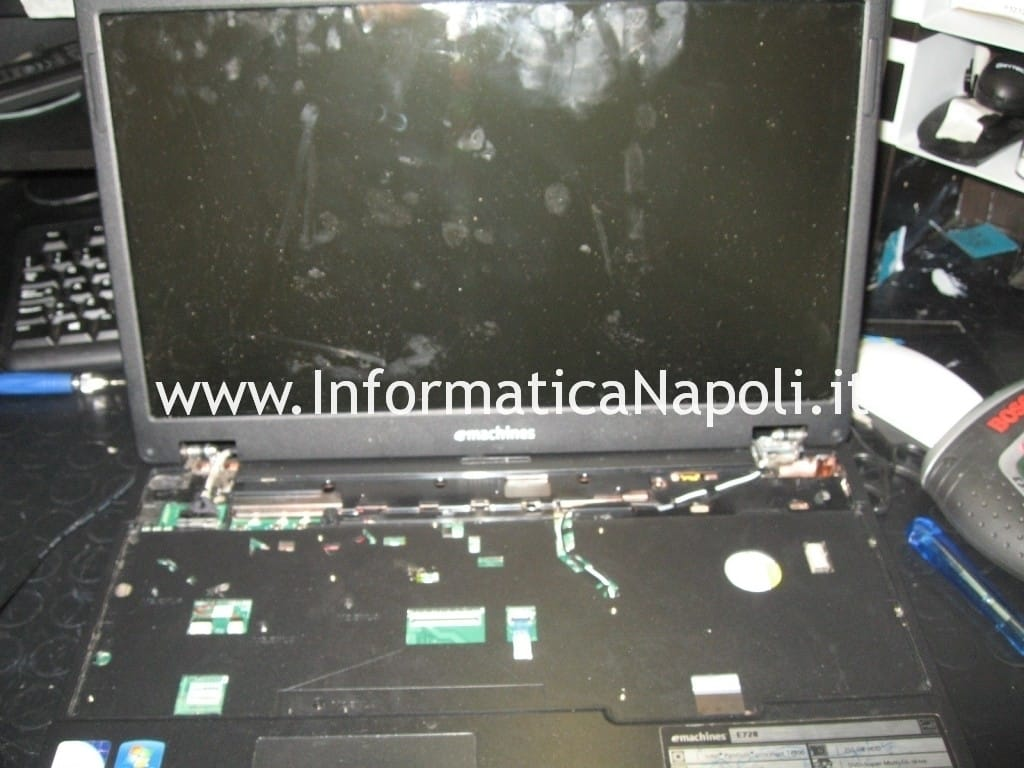 come riparare eMachine e728
