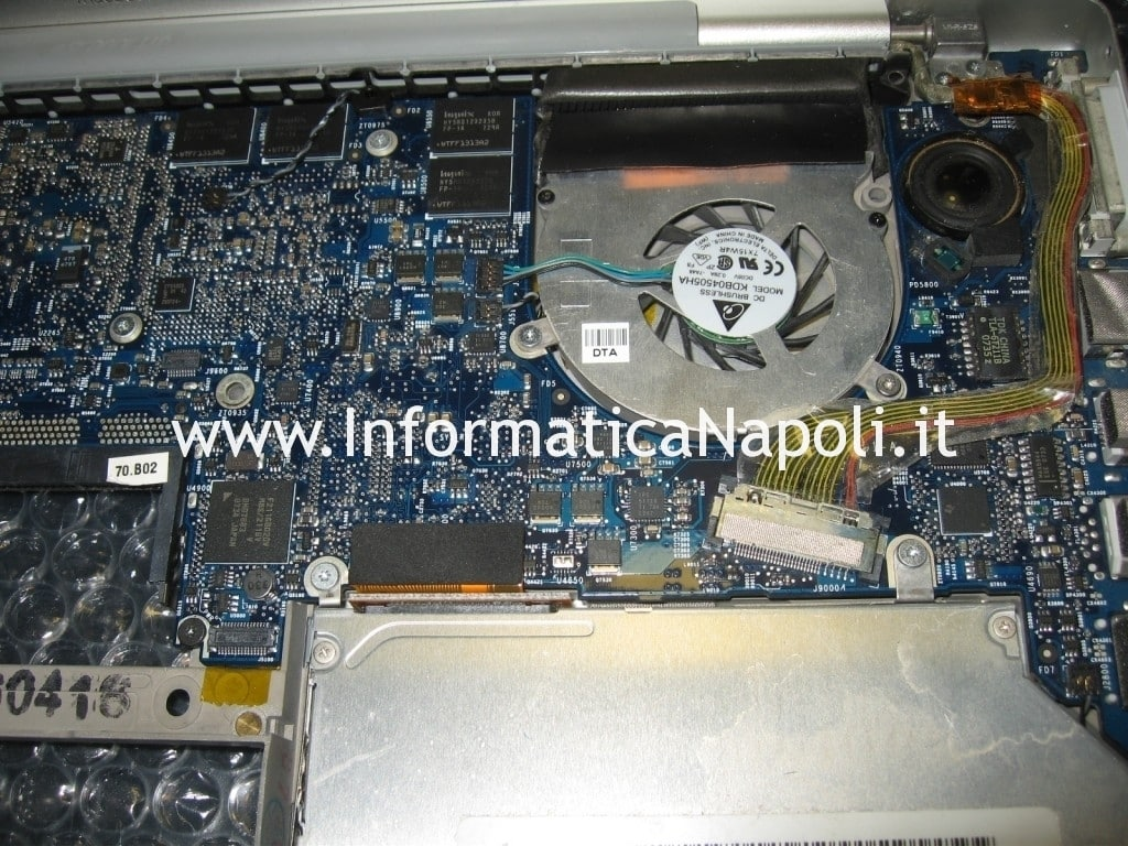 riparare logic board apple macbook pro 15 a1226