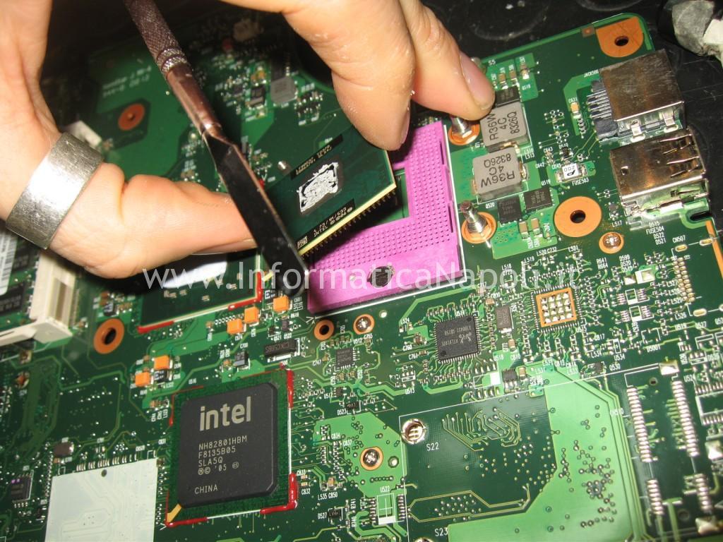 rimozione processore toshiba satellite l350