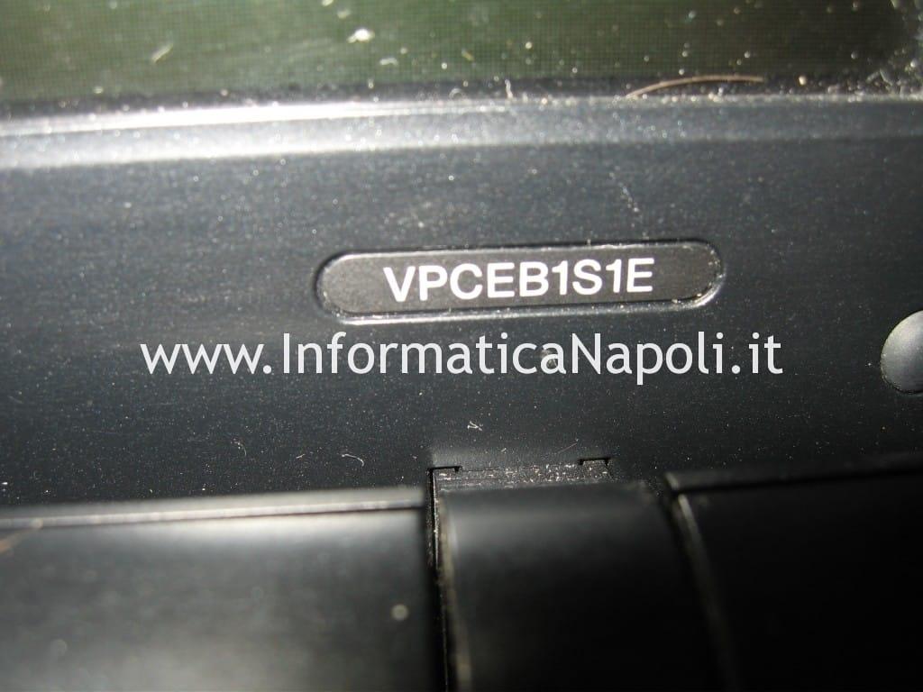 problemi sony vaio VPCEB1S1E PCG-71211M