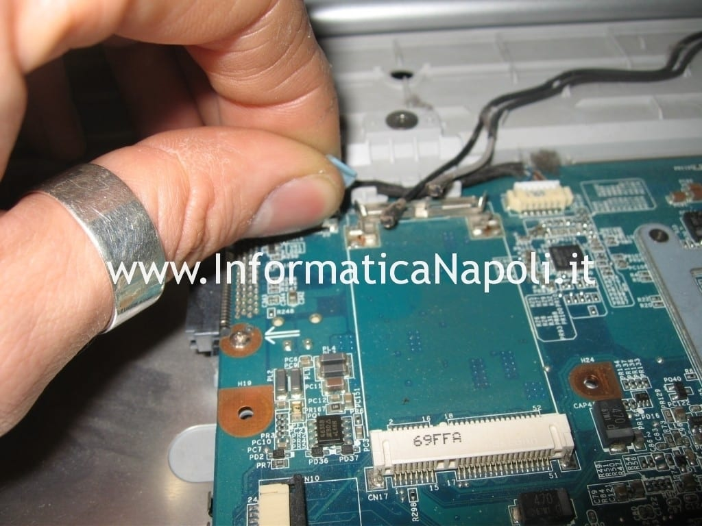 problemi accensione Sony Vaio VGN-N11S PCG-7T1M