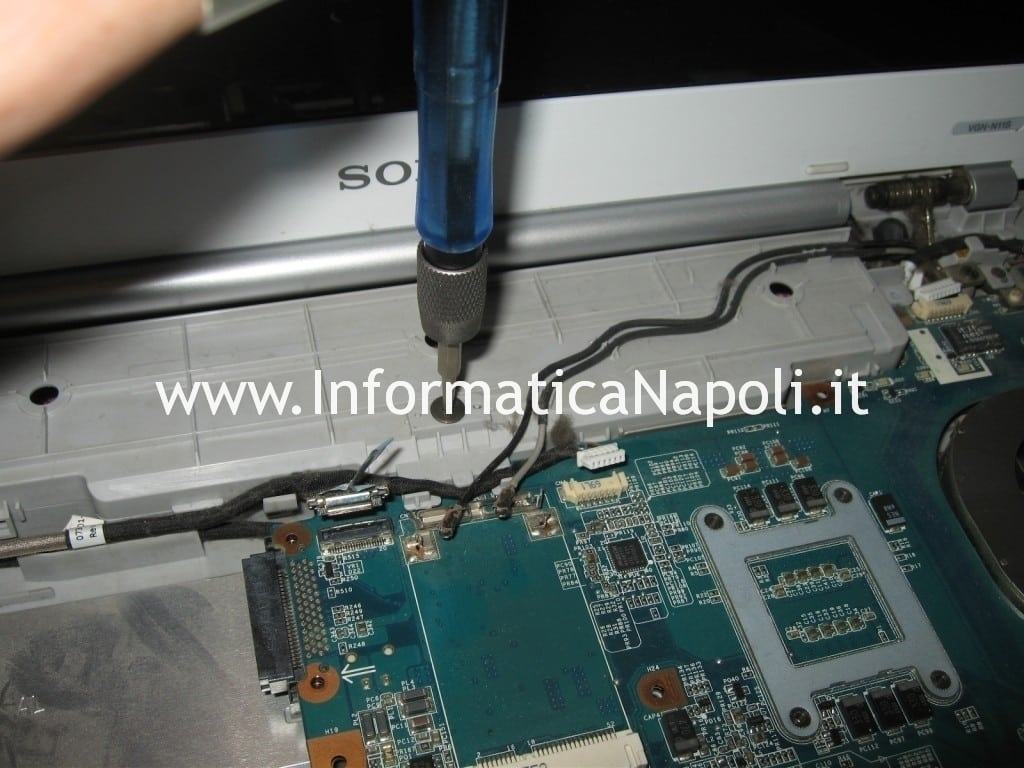 problemi surriscaldamento Sony Vaio VGN-N11S PCG-7T1M