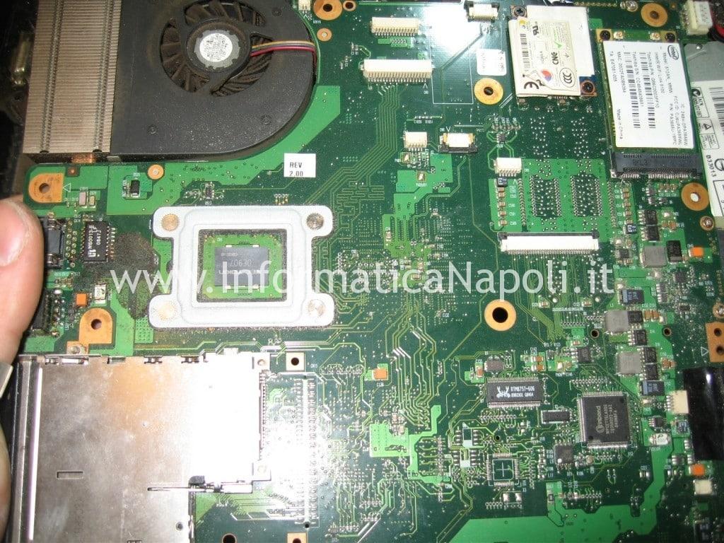 Toshiba L350 - 17R PSLD8E si spegne