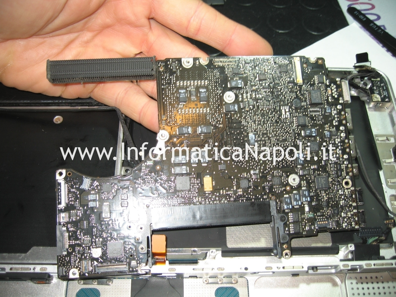 problema logicboard MacBook Unibody A1278