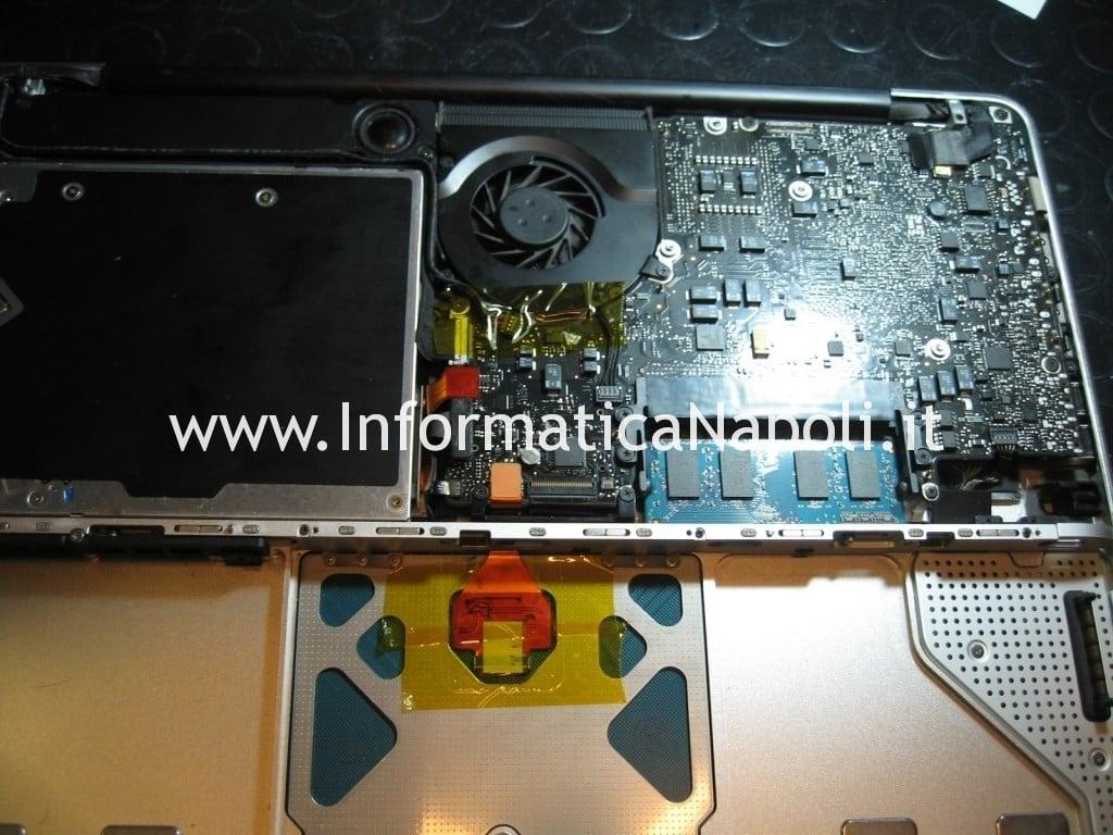 aprire MacBook Unibody A1278