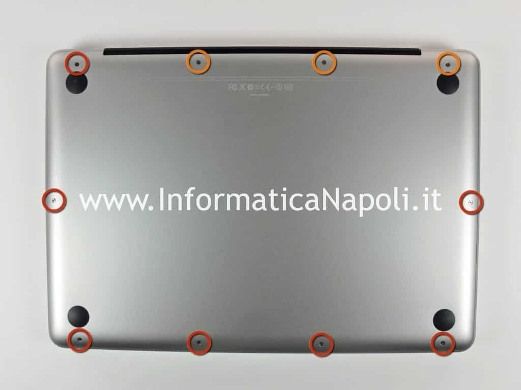 aprire MacBook Pro 13 Unibody 2009