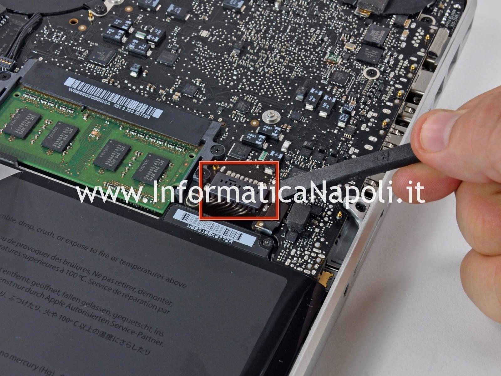 macbook pro non si accende batteria