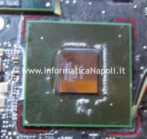 rimozione silicone MacBook Unibody A1278