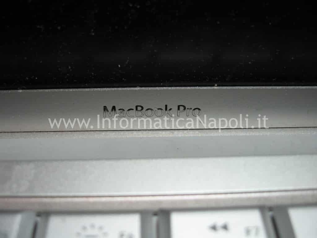 riparare macbook pro A1260