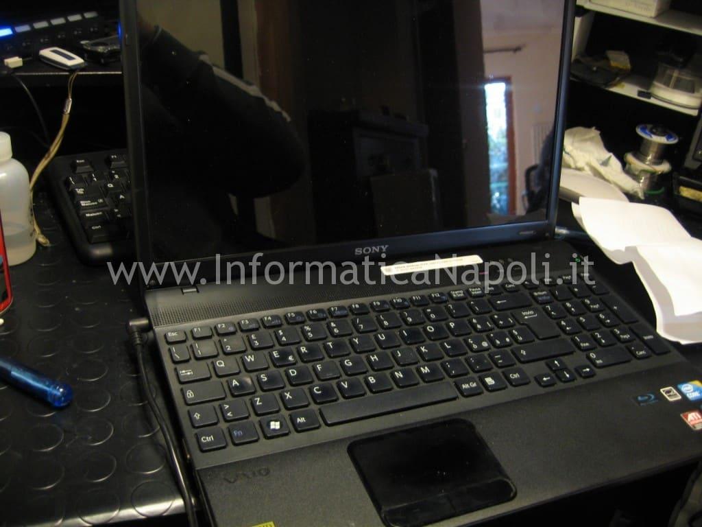 Sony Vaio PCG-71211M VPCEB3Z1E