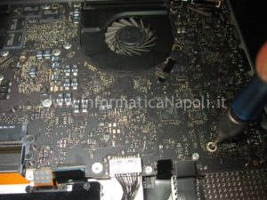 rework video Apple MacBook pro 17 A1297 unibody