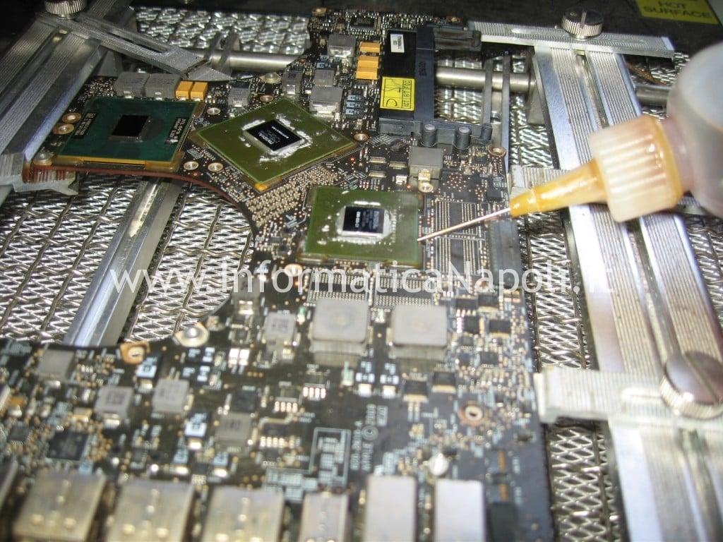 riparazione logic board A1297 macbook nvidia flussante