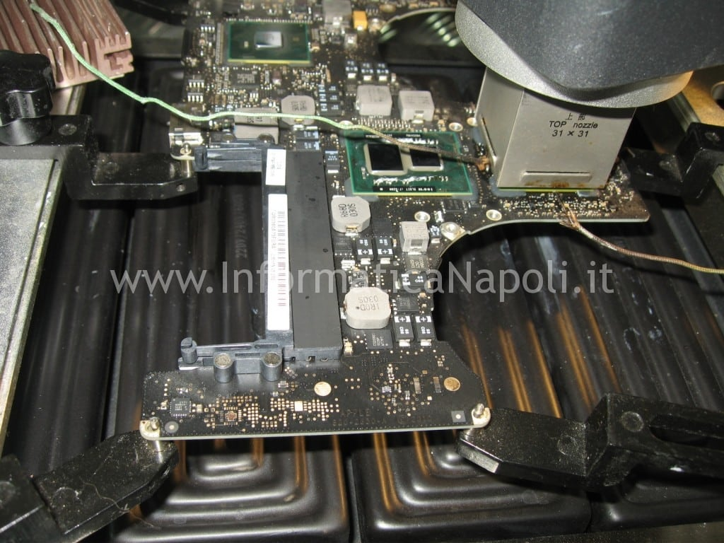 rework reballing appla macbook gpu grafico A1286 A1278 A1297