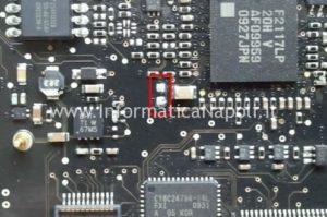 18-MacBook-Pro-15-2_53-Mid-2009-pads.jpg