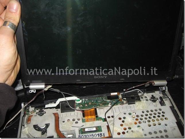 problemi schermo Sony Vaio VGN-SZ71MN PCG-6W2M