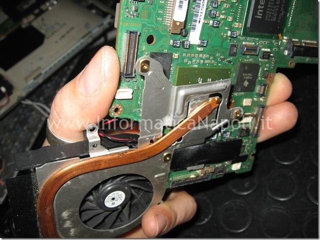 sostituire ventola Sony Vaio PCG-6W2M VGN-SZ71MN
