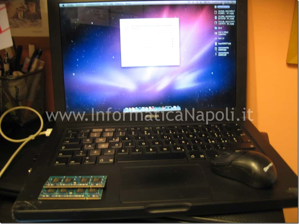 Apple MacBook mod. a1181 funzionante