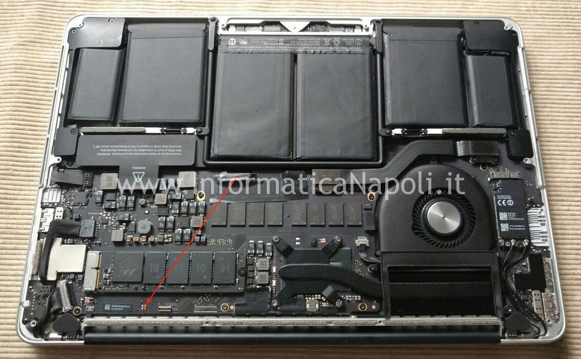 Sostituzione Batteria MacBook Pro retina 13 pollici A1425 | A1502