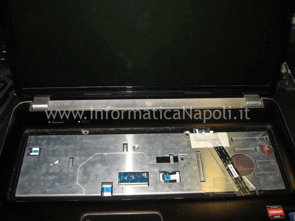 smontare display lcd HP pavilion DV7-6000el dv7