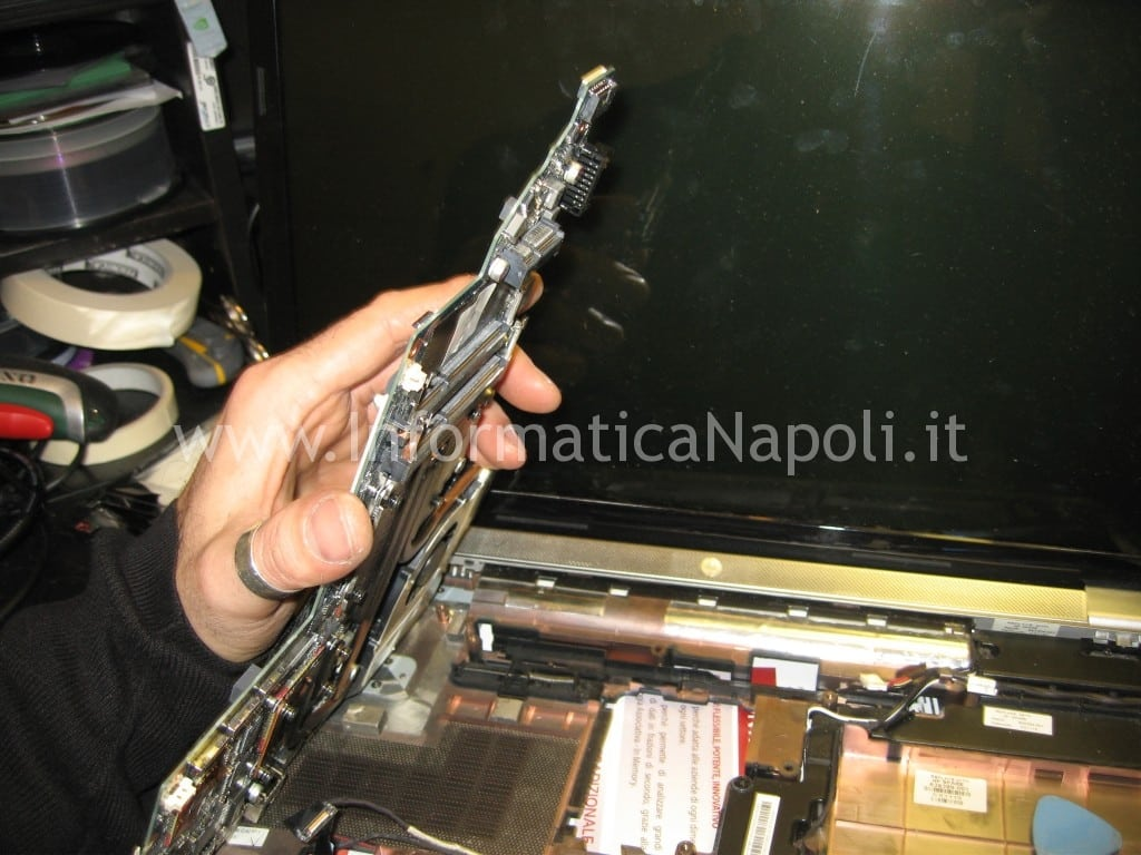 riparare motherboard HP pavilion DV7-6000el dv7