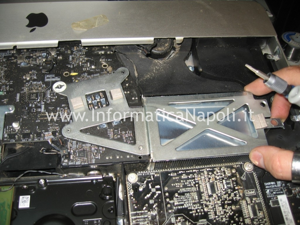 problema logic board A1311 imac 21.5 2009 2010 2011