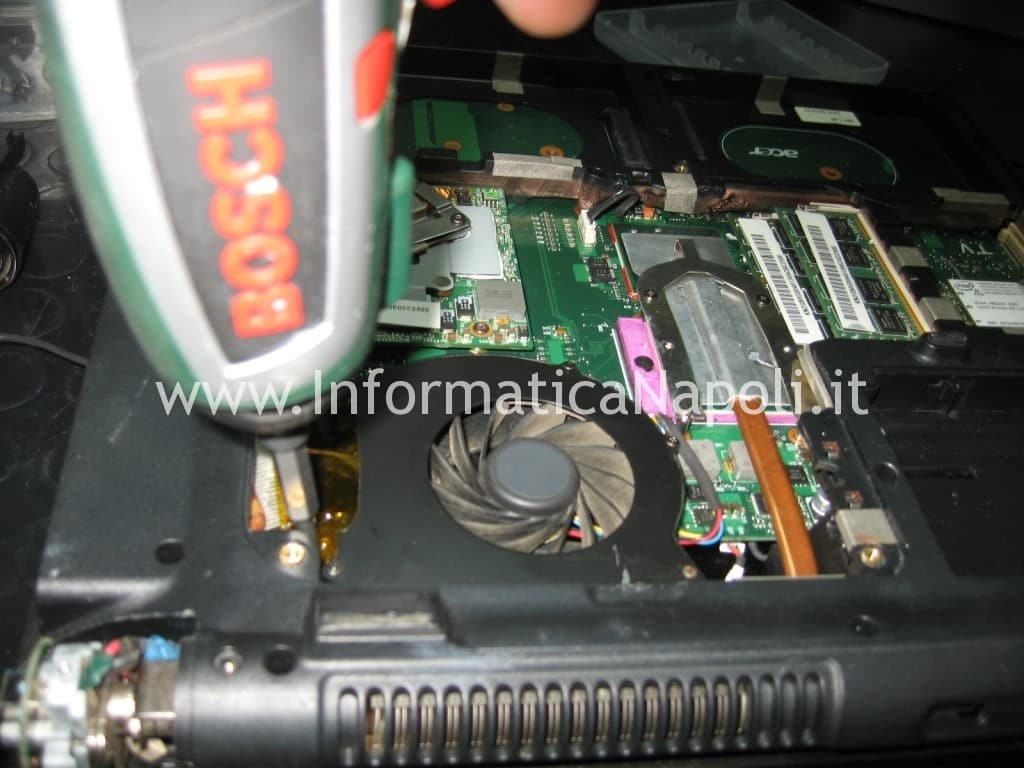 assistenza Acer 8920